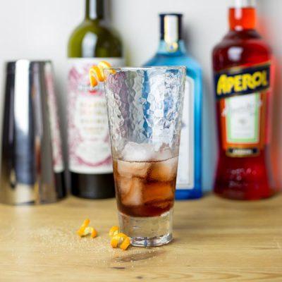 Photo cocktail artisanal – V and B